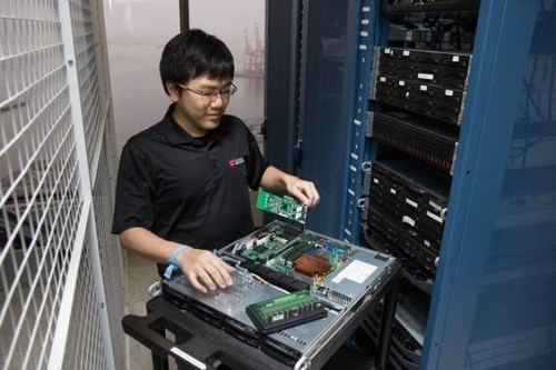 Data Centre Technician - Jeffrey Cheung