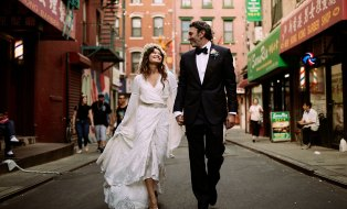 Capture One RAW photo editor LOOKSLIKEFILM founder switched to Capture One blogpost feature wedding couple walking in street in Chinatown