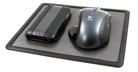 2 Ion iPhone case with mousepad