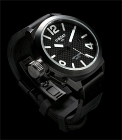 Calssico AB 4 Carbonio - The original U-Boat carbon fiber watch