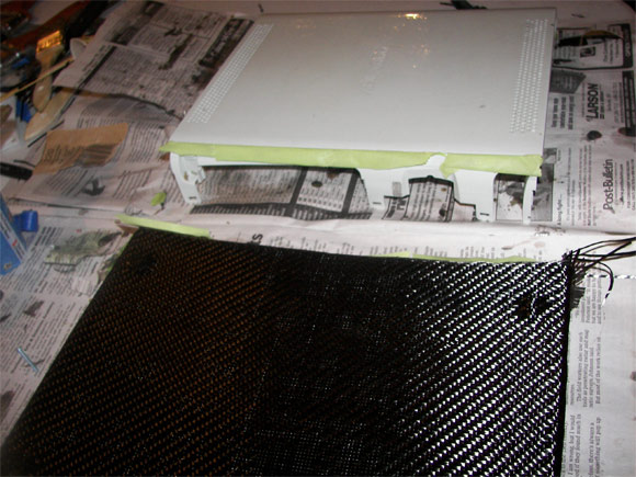 Applying carbon fiber to the Xbox 360 case