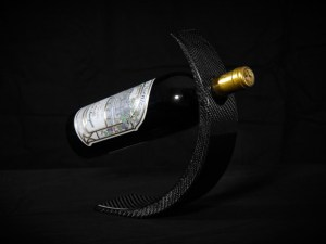 Modern carbon fiber wine bottle holder