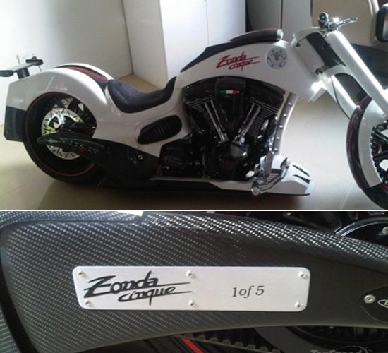 Pagani Zonda Cinque motorcyle teaser