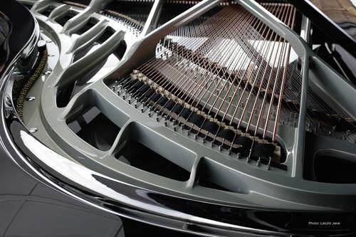 carbon fiber piano