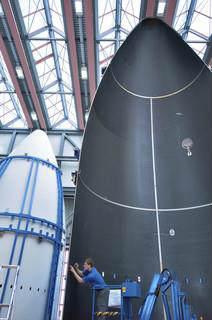 carbon fiber structures for ULA's Atlas launchers
