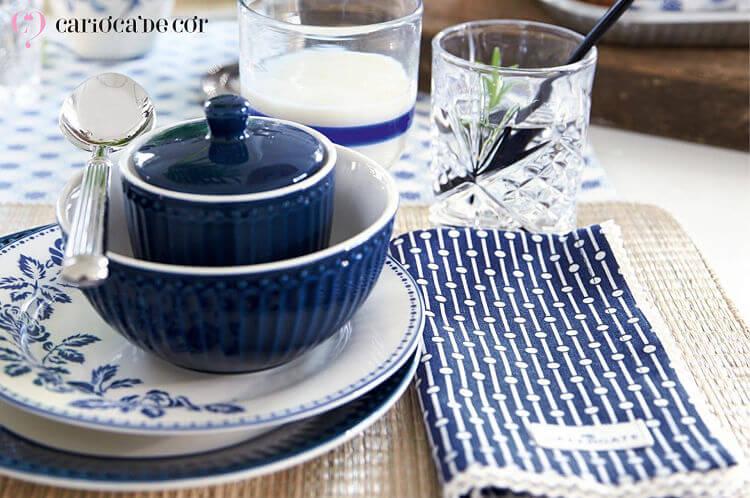 mesa posta greengate louça azul
