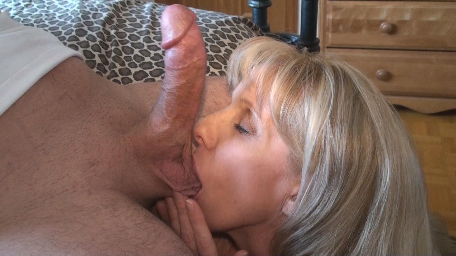 Carol cox fun fan facial - 2 8