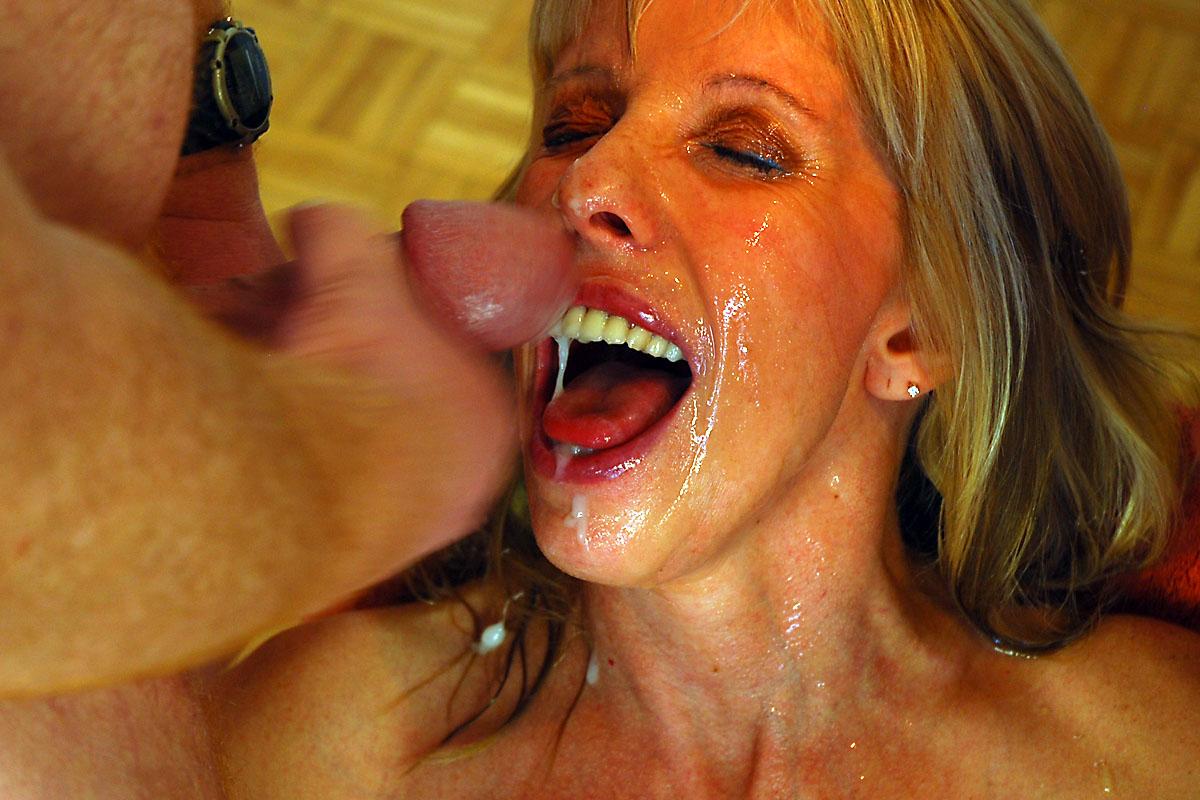 Carol connors blowjob