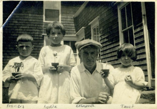 Francis, Lydia, Ellsworth, and Janet Hall, 1021
