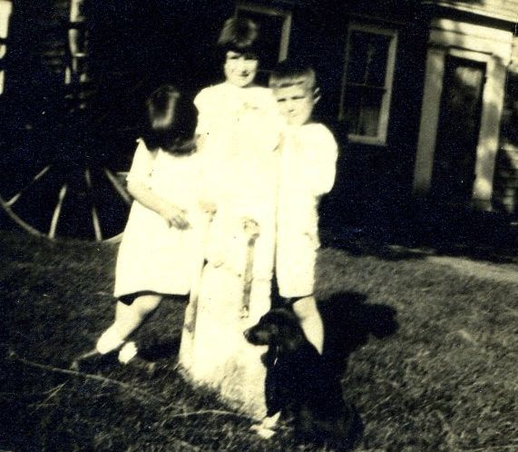 Janet, Lydia, and Francis Hall, 1922