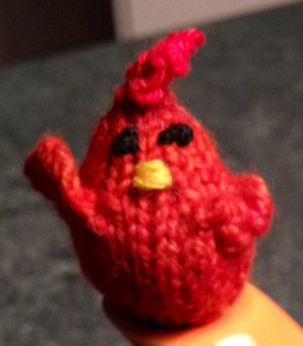 Tiny chicken, knitted by Mara Bryner