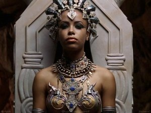 akasha-queen-of-the-damned