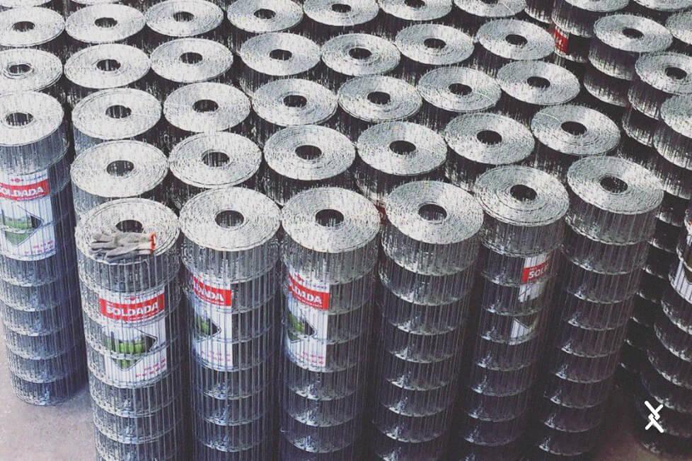 Imagem de rolos de tela soldada direto de fábrica