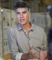 L'architetto cileno Alejandro Aravena, Premio Pritzker 2016