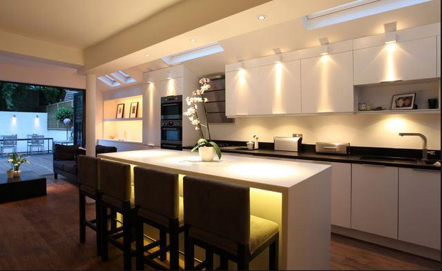 Lampade Per Cucine Moderne.Come Illuminare La Cucina Al Meglio Casanoi Blog