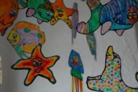 Decorare con i disegni dei bambini la loro cameretta