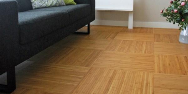 pavimenti in bambù nella foto un soggiorno con pavimento azienda Moso