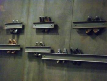 Jannis Kounellis: stazione Dante
