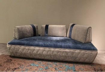 divani di design modello Talk con schienali mobili