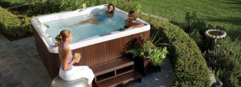 una piccola spa in casa una minipiscina iJacuzzi n giardino