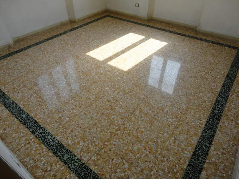 Come recuperare un vecchio pavimento in graniglia. fasi e costi
