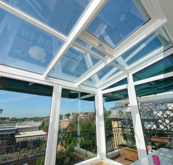 serra solare installata su un piano alto