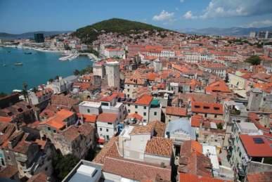 Comprare casa all'estero con mutuo: Veduta di Spalato, la croata Split