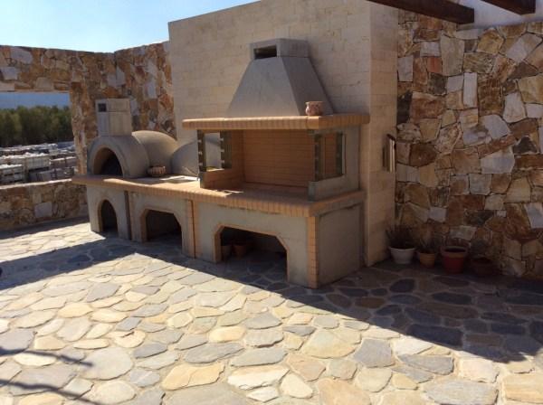 TAR - Permesso di costruire per particolari volumi tecnici: Barbecue in muratura Stone Design