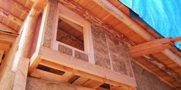 Uso della paglia in edilizia: foto Casa in paglia Eudomia