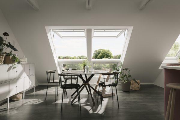 foto di finestra in mansarda