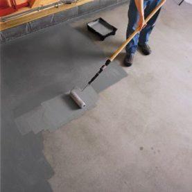 smalto per pavimenti epossidico stesura con rullo
