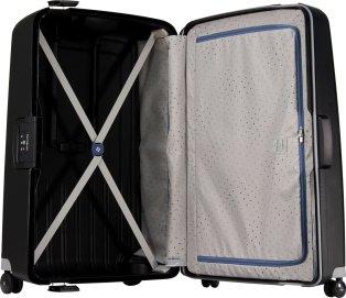 come pulire la valigia dopo le vacanze
