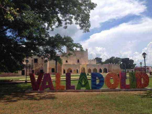 las letras de Valladolid Yucatán