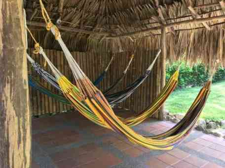 , La admirable tradición de las hamacas yucatecas., Casas en Valladolid