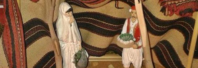 Une crèche de Noël avec la Vierge Marie revêtue d'une burqa...