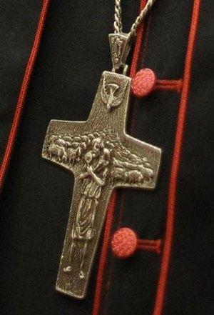 La croix pectorale de M. Jorge Bergoglio.