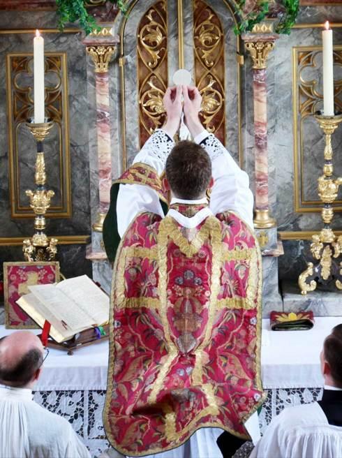 Élévation - Adoration