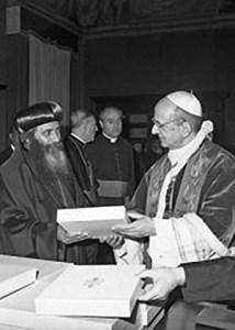 """Les """"Papes"""" Paul VI et Shenouda III"""