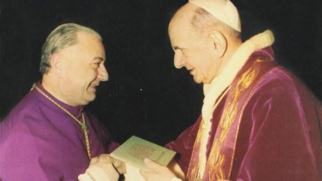 Mgr Bugnini avec l'antipape Paul VI