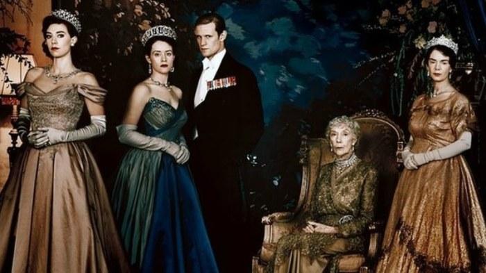 Top 10 seriale Netflix-The Crown