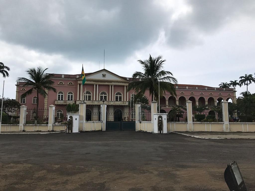 São Tomé e Príncipe: recordar os mortos e… que dizer dos vivos?