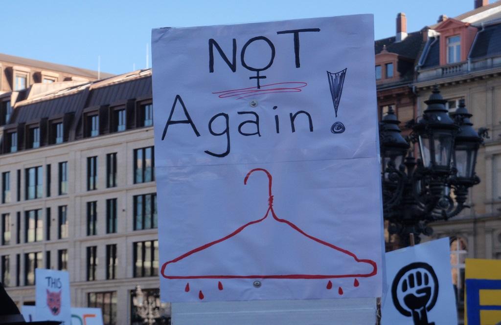 Estamos a virar as costas aos direitos das mulheres na Polónia