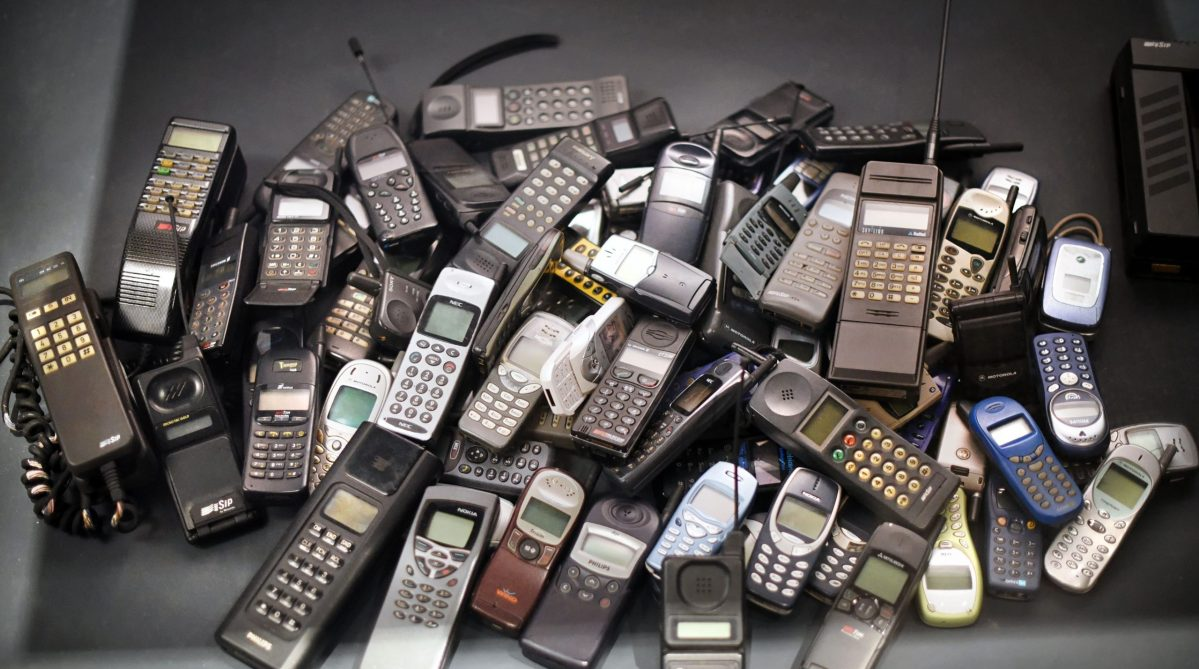 how to track mobiles