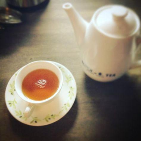 茶を飲みに来ました。 #お茶の時間 #種ノ箱 (Instagram)
