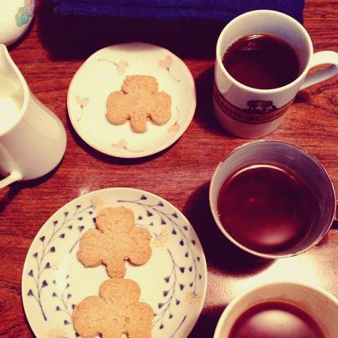 古い写真なんだけれども、teatimeで団らんを。 #teatime #thankyou (Instagram)
