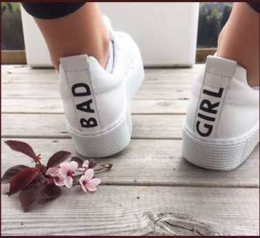 Bad girl blanches