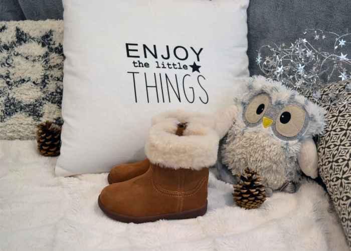 chaussuresonline-idéescadeaux-noel-chaussures-uggautralia-fourrée-fille-hiver-neige-2018-2019-cocooning