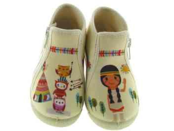 chaussuresonline-marquebellamy-tendance-mode-chaussons-enfants-fille-olusse-indien-dessins-beige-nouvellecollection-pantoufles