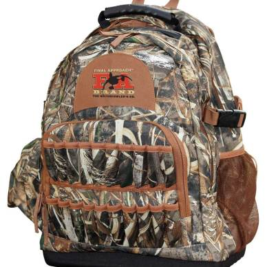 Final Approach Camouflage hunting pack