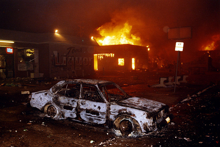 55 died and another 2,300 were injured during the 1992 Los Angeles riot.